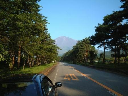 富士山上观日出长途旅行试骐达(组图)(2)