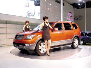 起亚霸锐SUV锁定普拉多预计6月底中国上市