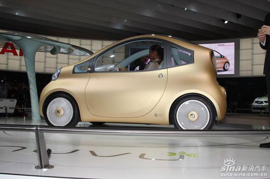 日产Nuvu概念车、全新Pixo将亮相巴黎车展