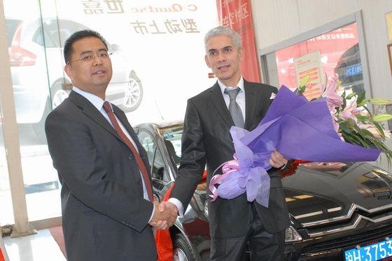 国际著名汽车设计师桑恩成为世嘉VTS首批用户