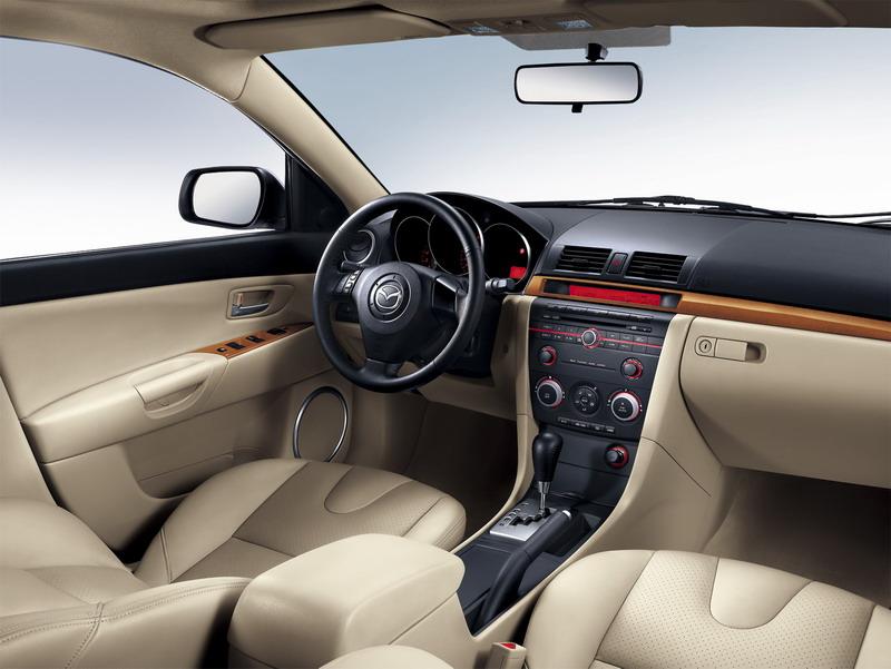 新Mazda3内饰