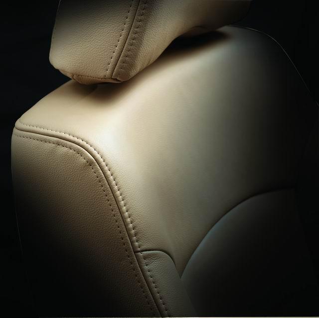 2004款阳光真皮座椅