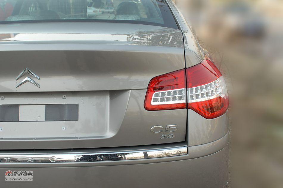 2011款东风雪铁龙C5外观图片