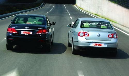一汽大众迈腾VS广汽丰田凯美瑞对比测试图片-对比测试迈腾VS凯美瑞