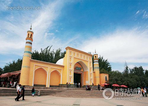 喀什最著名的景点艾提尕尔清真寺