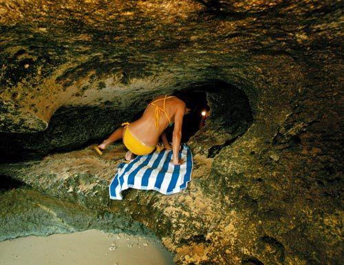在千年石窟中乘凉,是不是别有一番滋味呢!