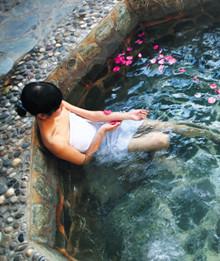 图集:温泉浴的奢华盛宴