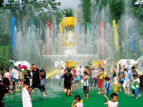 傣族是居住在这里主要的少数民族之一