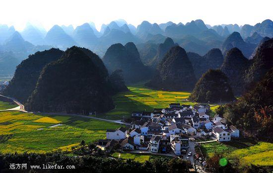 美如画卷的万峰林景色 作者:浮云归家