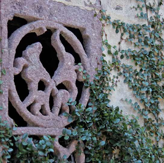 古镇的石雕窗