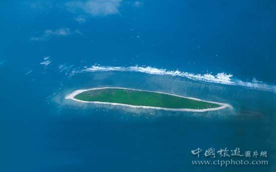 永兴岛   永兴岛是西沙群岛中最大的岛屿,面积约2平方公里,是