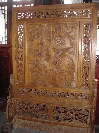 亚洲 中国 江苏 正文    正厅则用考究的正六边形蜂窝式砖细墙和已有