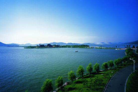 东钱湖环湖