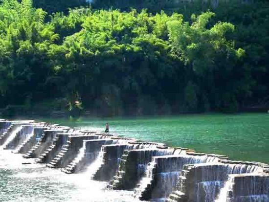 中枧拦河坝 图片来源:新视野 新浪博客