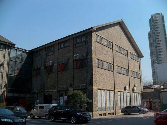 新中式仓库外观