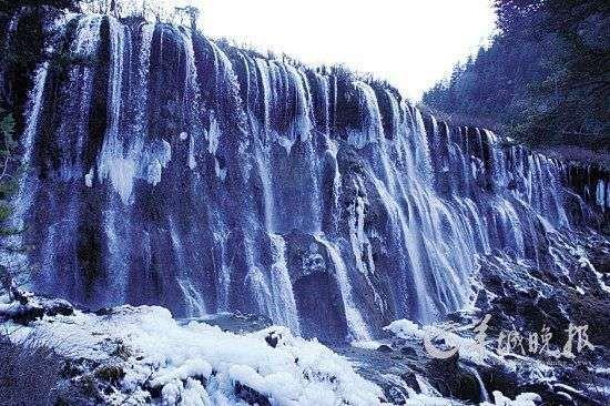 冬季九寨沟冰瀑 (刘星彤 摄)