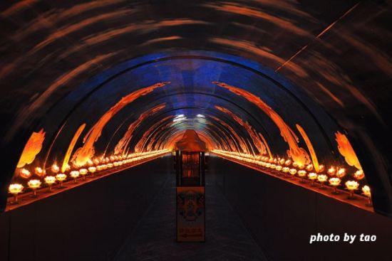 湖底隧道(图/MF闭一只眼)