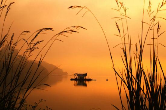 夕阳下的鄱阳湖