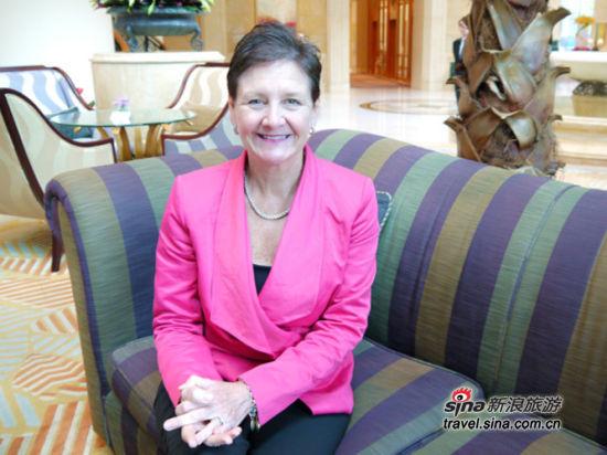 四季酒店集团亚太区市场销售副总裁Susan Devins女士