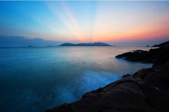 """璀璨的明珠——位于浙江舟山群岛最东侧的东极,""""东极岛""""只是个统称,不"""