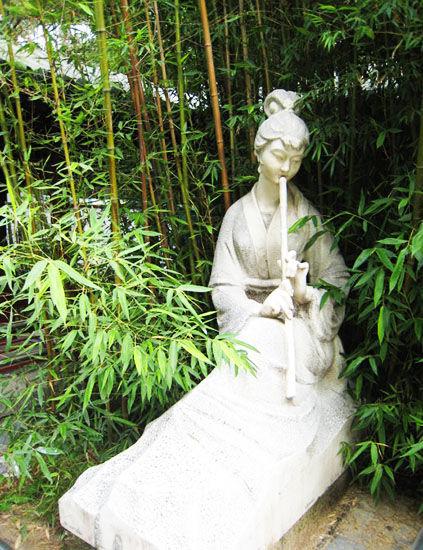 图片:紫竹院竹林与雕像 来源:小桥流水jgf的博客