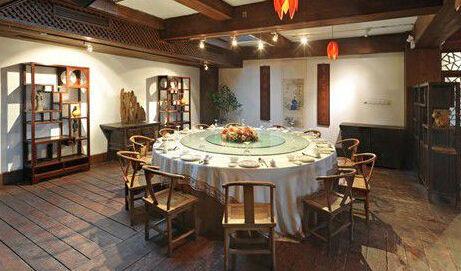 """北京有明星""""撑腰""""的餐厅:雕爷牛腩"""