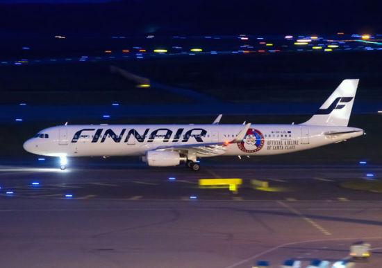 芬兰航空圣诞主题涂装机