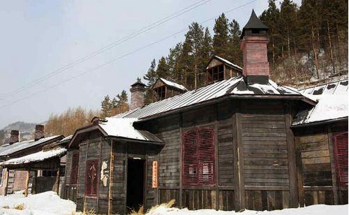 木屋是当地优质木材建造的俄式房屋,雕刻工艺精美,冬暖夏凉.图片
