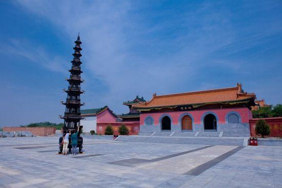 中国 河北 唐山 正文    菩提岛的著名景点包括:朝阳庵,潮音寺和菩提