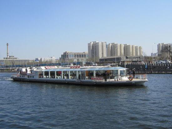 海河游船(来源:新浪天津旅游)