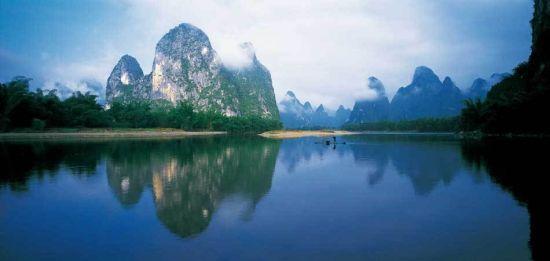 烟雨漓江 图:桂林旅游发展委员会