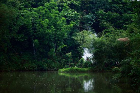 绿水青山间的细水长流