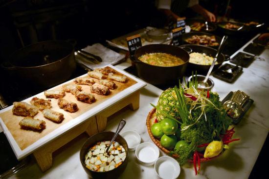 天津丽思卡尔顿酒店开启越南美食节图片