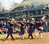 必背瑶族的风俗民情