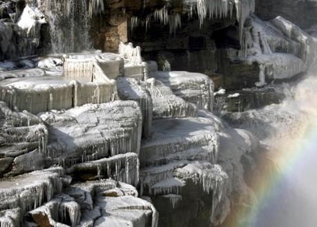 冬天山西壶口瀑布_冬季山西黄河壶口瀑布光影2012年图片626山