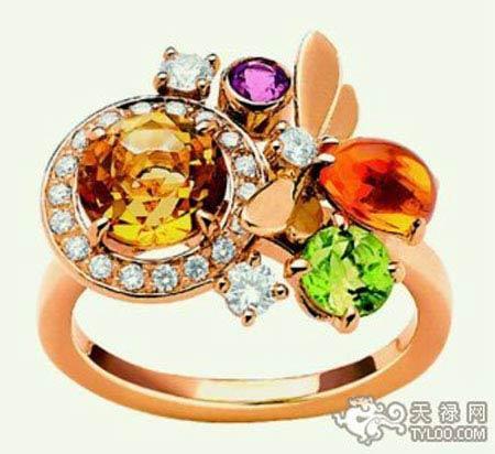 严选黄、橘、绿色宝石和紫、粉、青色珠宝分别搭配黄K与白K