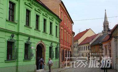 斯洛伐克首都布拉迪斯拉法的老街。