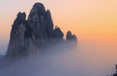 日出三清山