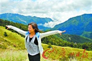 合欢山上武岭是台湾公路最高点,有3278米,气势雄伟,云海变幻,令人神清气爽