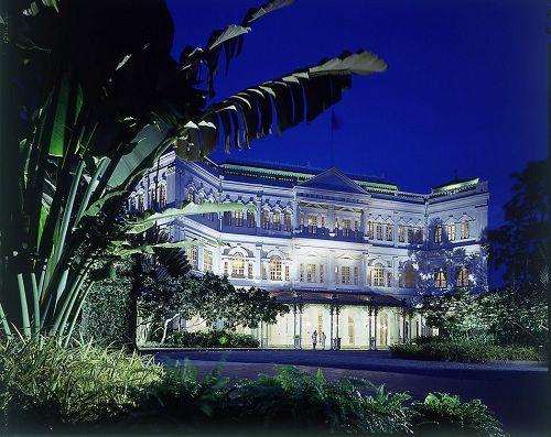 莱佛士酒店外围夜景
