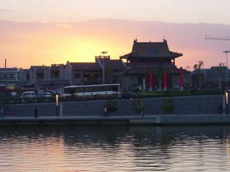 """天津著名景点之一""""沽水流霞"""""""