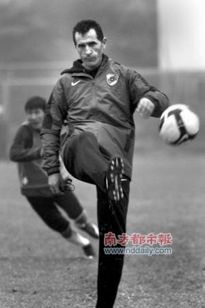 高歌奇:中国球员不是小学生带深足夺冠非随意承诺