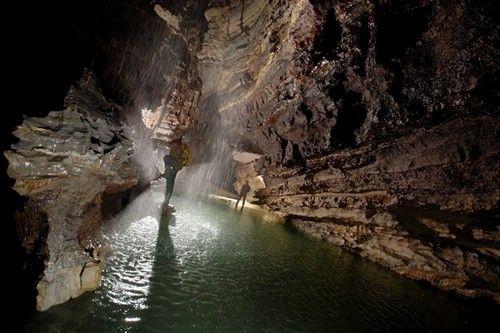 当前位置首页av门事件少妇说哇好多水太深了_全球最深洞穴:库鲁伯亚拉洞穴达2197米深