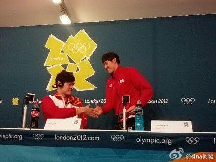 奥运会新闻发布会上朴主动找孙杨握手