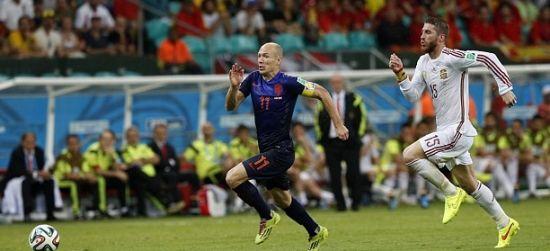 罗本在巴西世界杯上的高速突破