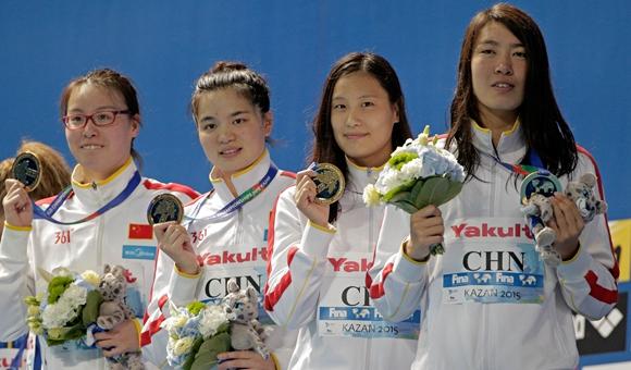 女子4x100米混接力中国夺冠