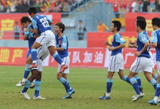 图文-[中甲]广州恒大3-1北理工开心庆祝进球