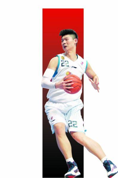 王哲林用出色的表现不断给球迷带来惊喜   (记者石勇/摄)