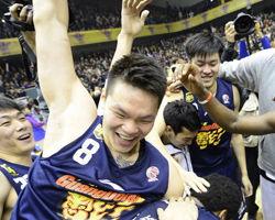 CBA-广东横扫山东夺得历史第八冠易建联加冕MVP