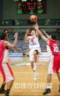 图文-[钻石杯]中国男篮VS伊朗 刘炜轻松上篮